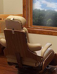 Comfortable dental treatment chair